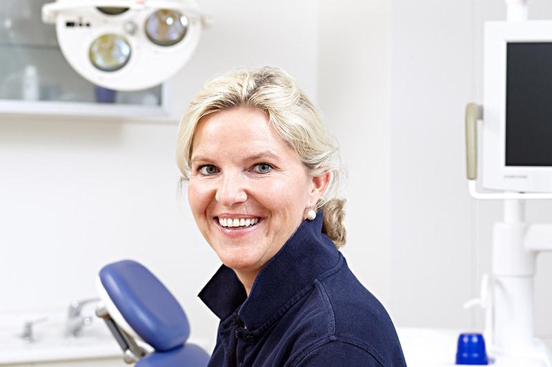 Dr. Eleena Frenzel